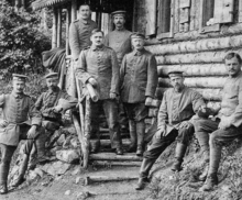 Julius Hirsch (on the steps front left) as a German soldier during World War I surrounded by his comrades.